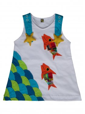 Featuring adorable rainbow fish with swaying scales, lapping waves and easy-to-open straps adorned with cute star fish, this unique and fun dress is a must-have for any ocean-loving girl! It's hand-made, 100% cotton and machine washable. Available sizes: 3 months - 5 years.